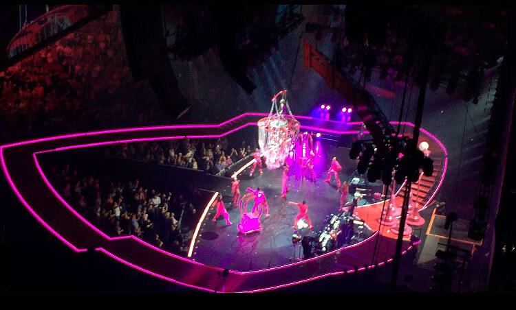 PINK コンサート